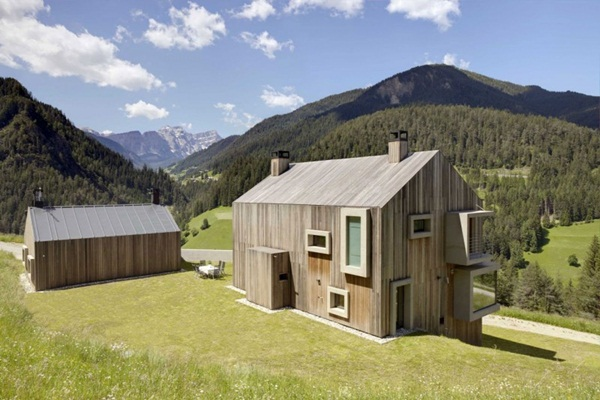 wooden house01
