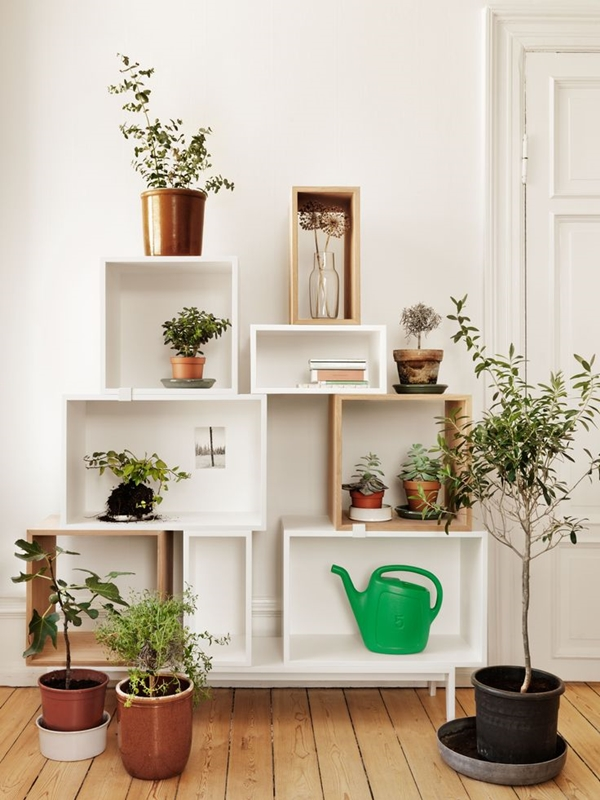 Entryway with boxshelves4