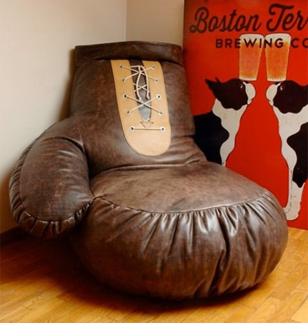 original-boxing-glove-chair-for-sport-fans-3