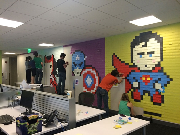 office-wall-post-it-superheroes (5)