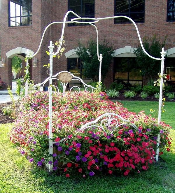 recycle furniture to decor your garden (4)