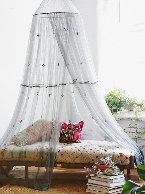romantic-mosquito-net-ideas-for-outdoors (12)