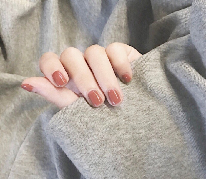 red nail ideass10