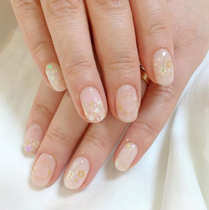 13 nude nail art ideas06